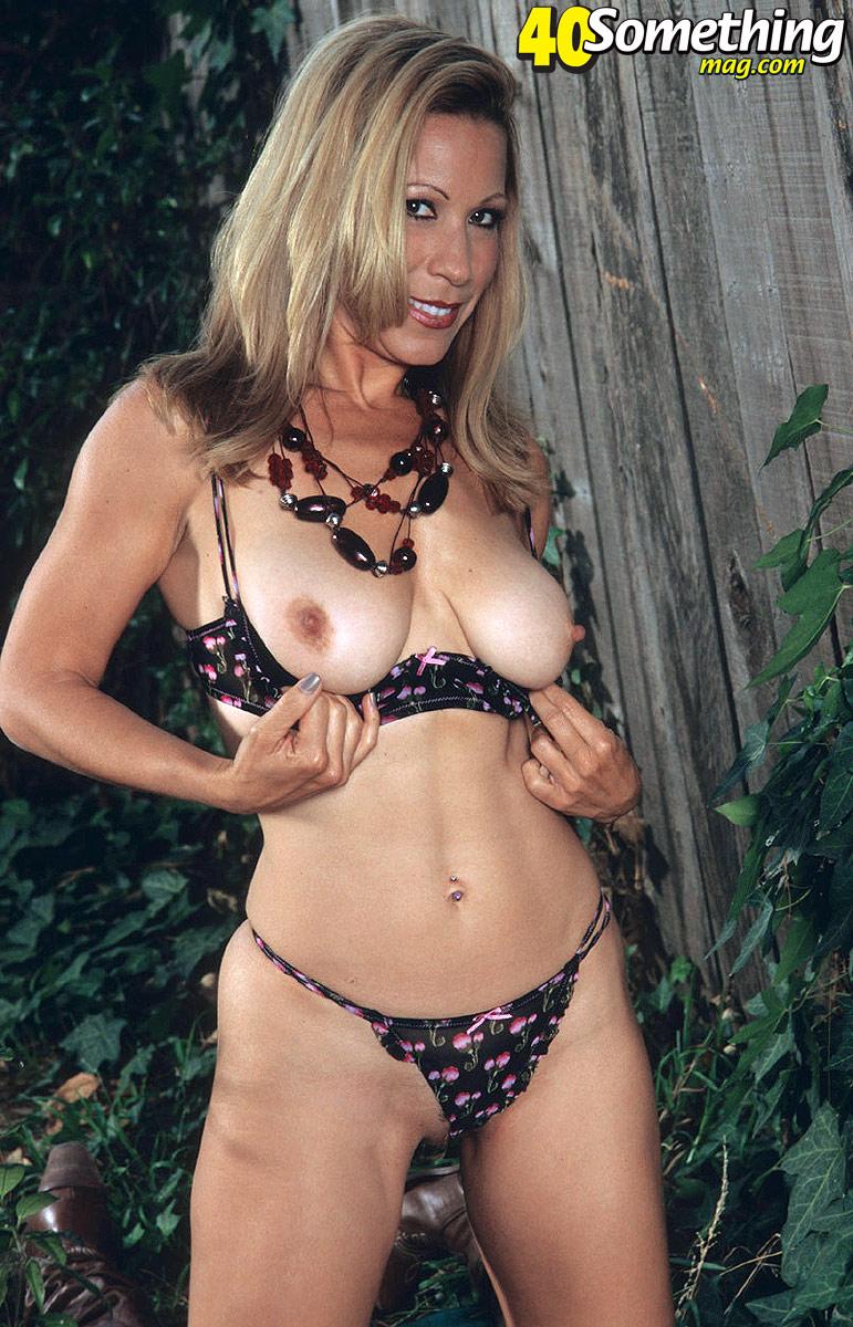 d sex villa latest