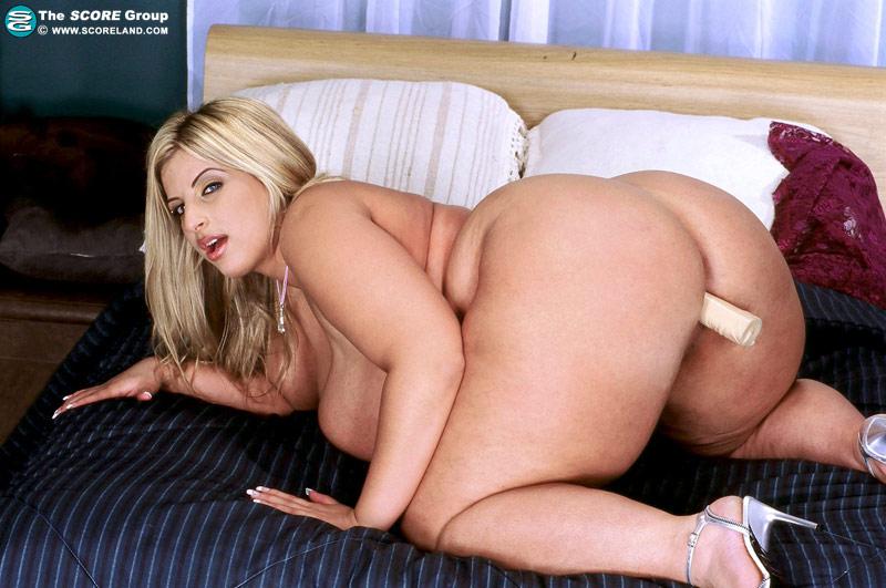 Порно звезда гинджер лия все порно ролики с ее участием член